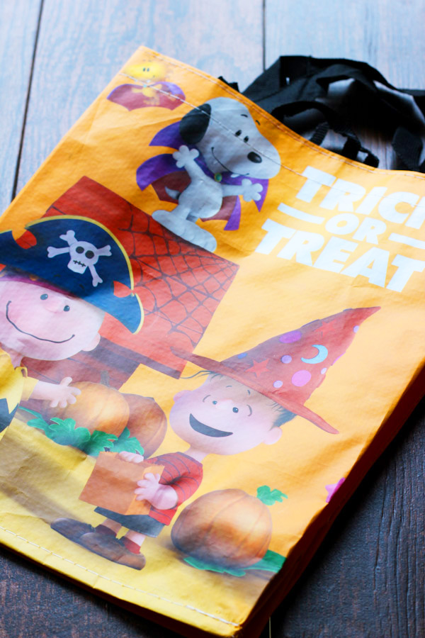 Peanuts Characters Trick-or-Treat bag